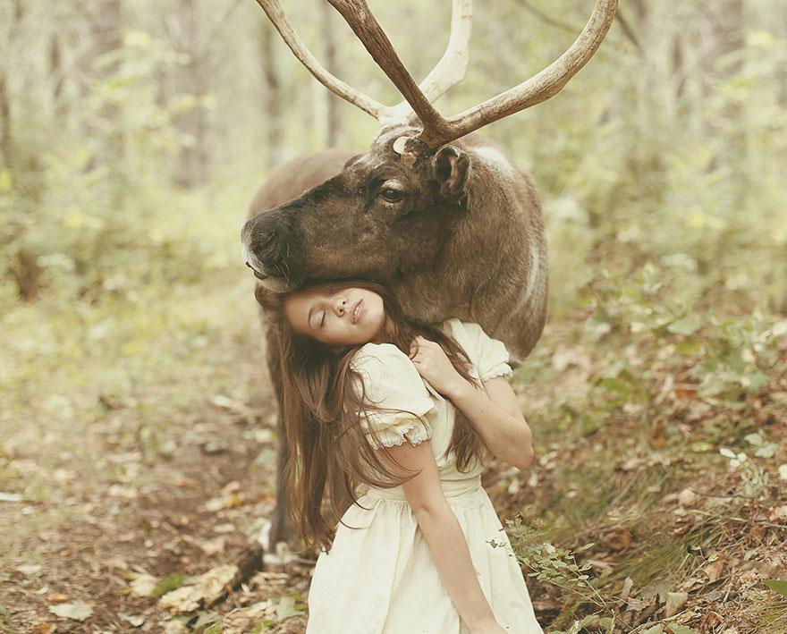 Опасные портреты с дикими животными от Катерины Плотниковой-14