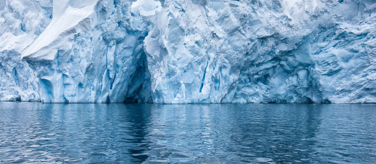Ледяная экзотика - Антарктида в фотографиях Мартина Бэйли: http://cameralabs.org/6642-ledyanaya-ekzotika-antarktida-v-fotografiyakh-martina-bejli