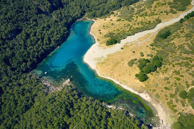 Самое прозрачное озеро в мире находится в Новой Зеландии (6)