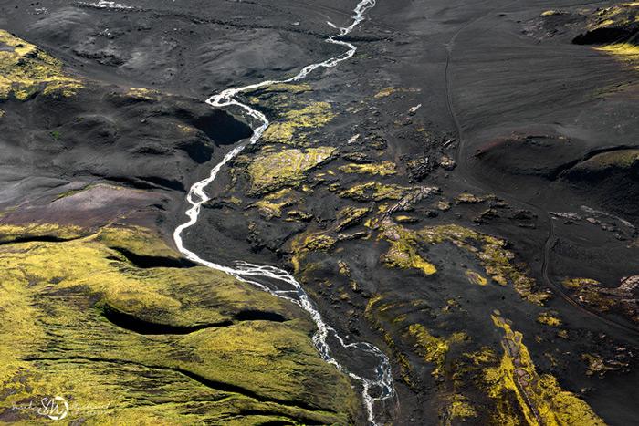Пейзажи Исландии в аэрофотографиях Сары Мартинет_4