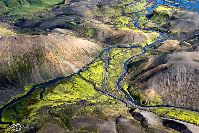 Пейзажи Исландии в аэрофотографиях Сары Мартинет_2