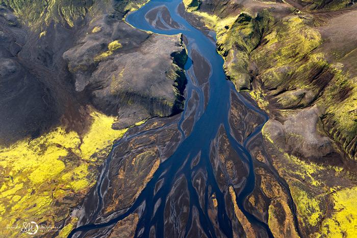 Пейзажи Исландии в аэрофотографиях Сары Мартинет_6