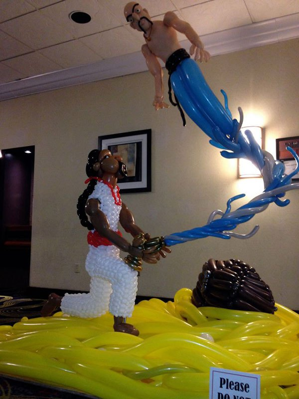 Сложные скульптуры из воздушных шаров