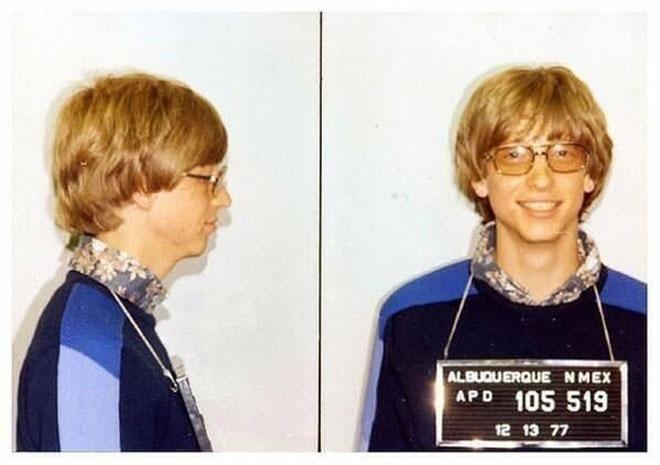 Билл Гейтс во время ареста в 1977 году за вождение без прав
