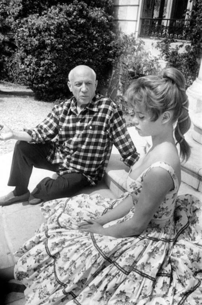Пабло Пикассо и Бриджит Бардо в 1956 году