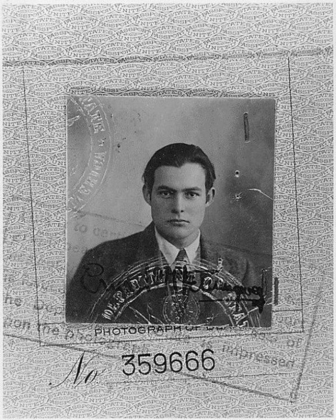 Фото Хемингуэя на паспорт в 1923 году