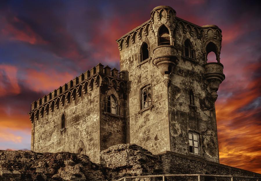 Замок Санта-Каталина в Испании