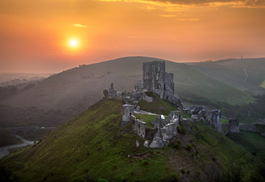 Замок Корф в Англии