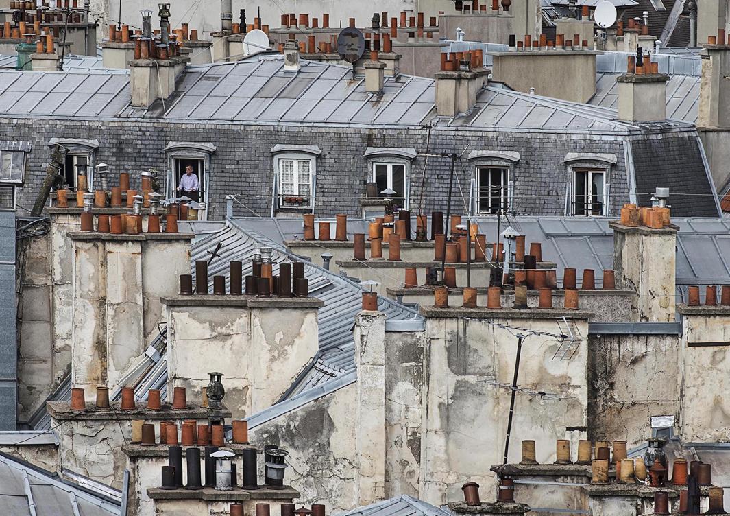 В Париже даже крыши красивые. Фотограф Майкл Вольф - 7
