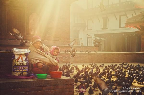 Мама с ребёнком – Дворцовая площадь Дурбар, Тамель, Катманду