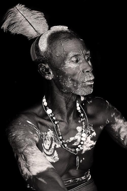 19 29 povsednevnaia Повседневная жизнь африканских племен в фотографиях Марио Герта (Mario Gerth)