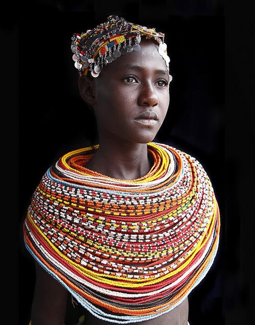 19 32 povsednevnaia Повседневная жизнь африканских племен в фотографиях Марио Герта (Mario Gerth)