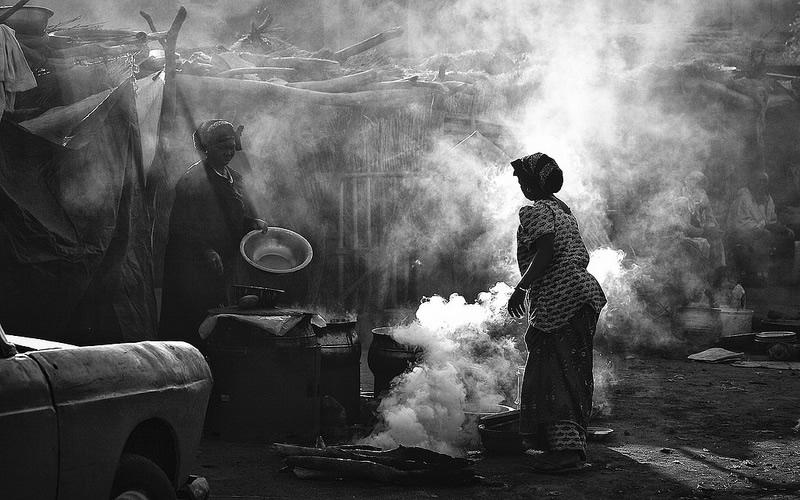 19 4 povsednevnaia Повседневная жизнь африканских племен в фотографиях Марио Герта (Mario Gerth)
