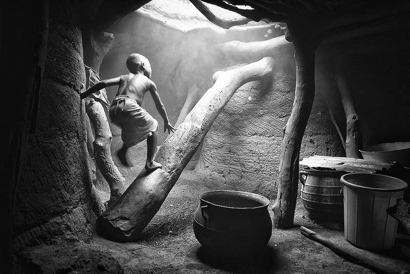 19 8 povsednevnaia Повседневная жизнь африканских племен в фотографиях Марио Герта (Mario Gerth)