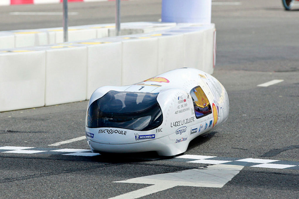 Французские студенты изобрели автомобиль, преодолевающий 3771 километр на одном литре бензина
