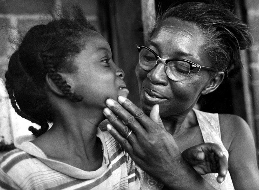 «Матери» - фотографии от 83-летнего Кена Хеймана, сделанные 50-лет назад-7