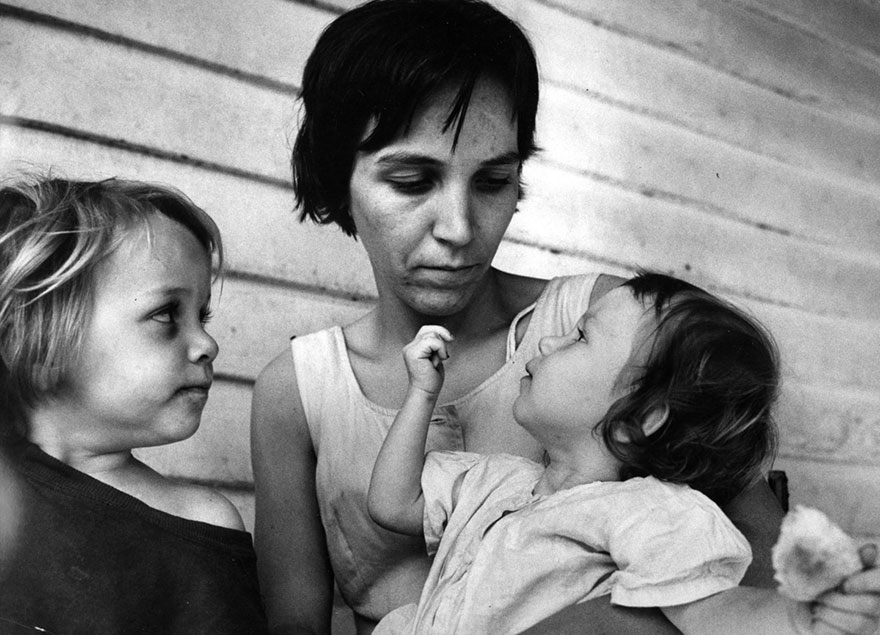 «Матери» - фотографии от 83-летнего Кена Хеймана, сделанные 50-лет назад-11