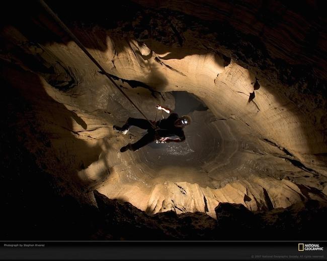 Самая глубокая пещера в мире - фото