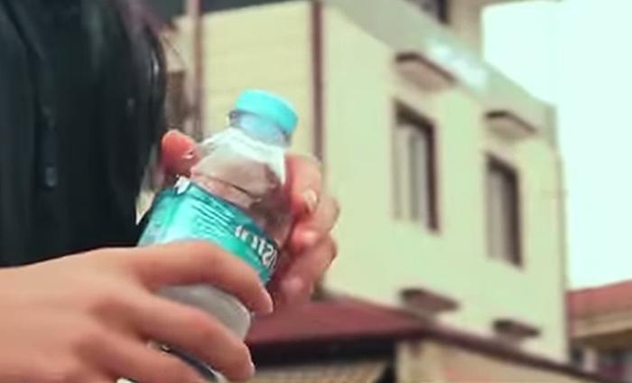 Вендинговый автомат принимает бутылки и выдаёт пищу для бездомных собак-2