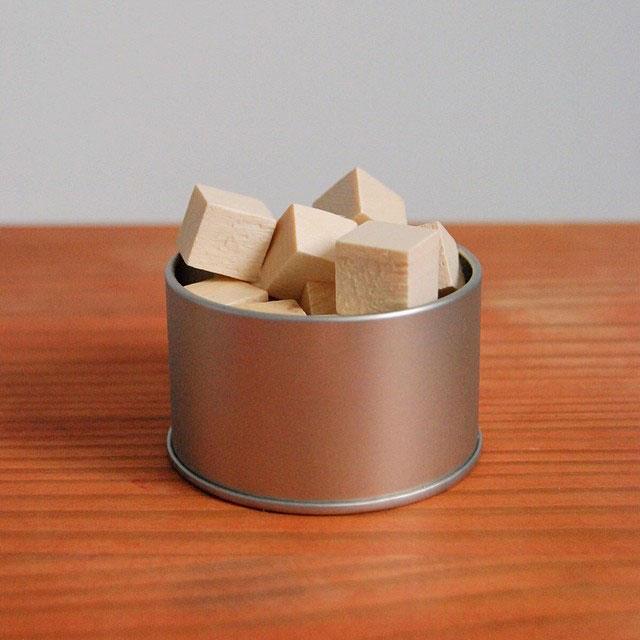 Душистые деревянные кубики