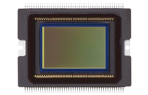 Canon 7D Mark II выпустят с новым сенсором