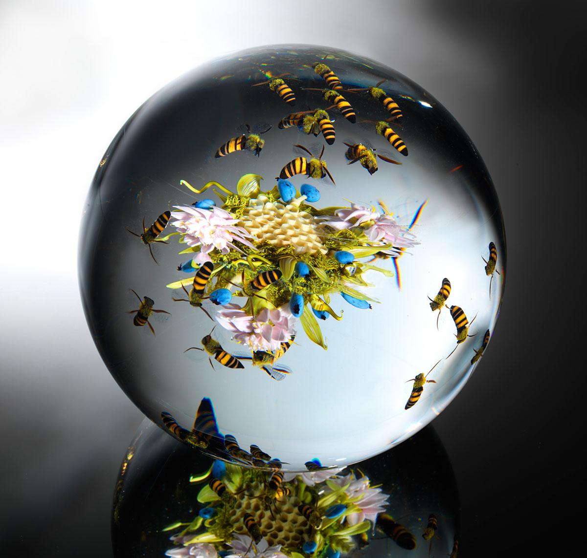 Потрясающие художественные стеклянные пресс-папье Пола Стэнкарда