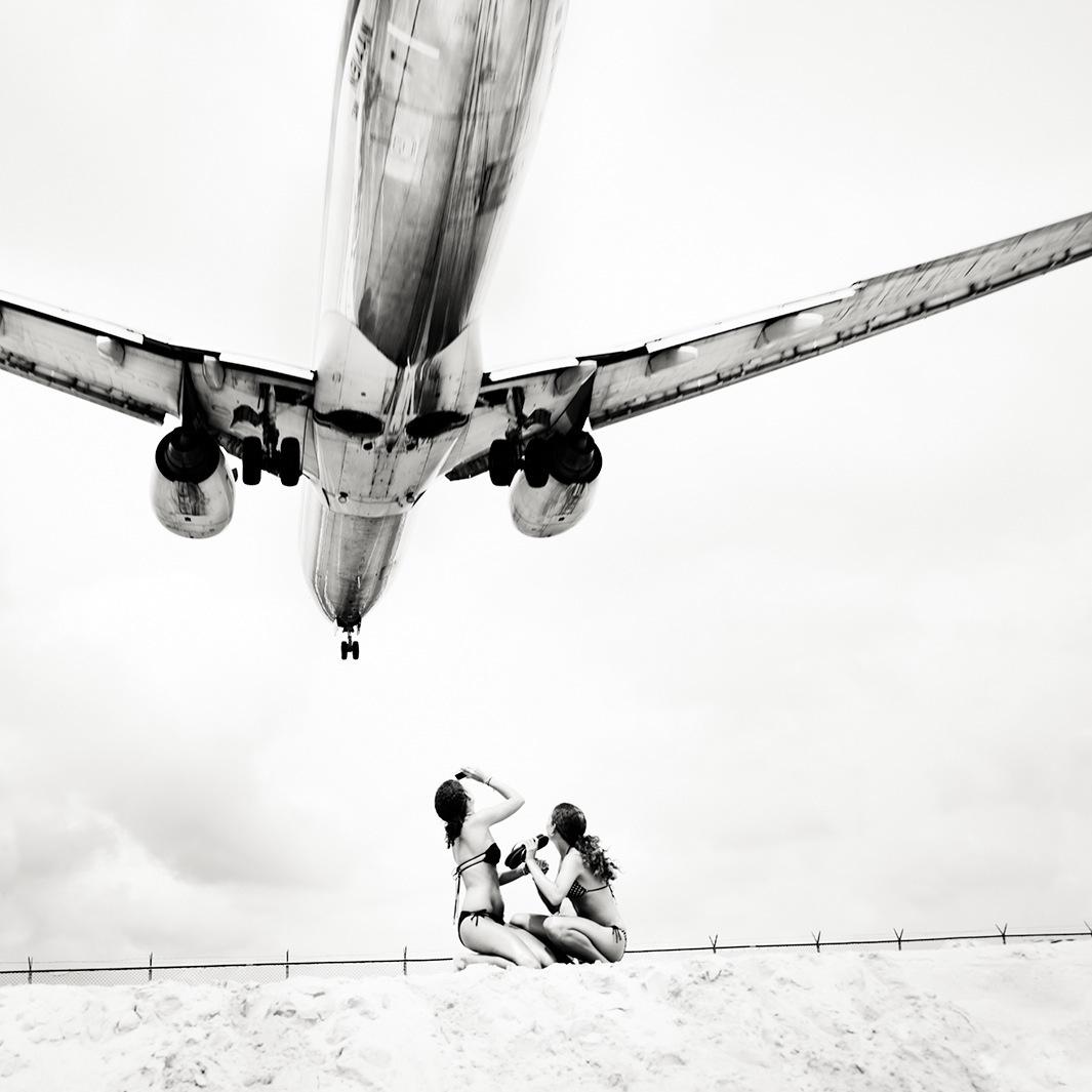 Безумная посадка самолётов на острове Сен-Мартен_01