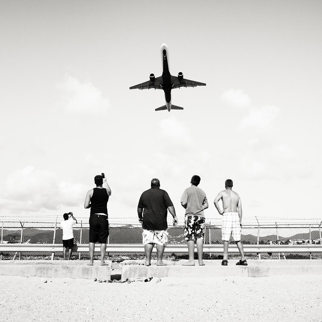 Безумная посадка самолётов на острове Сен-Мартен_49