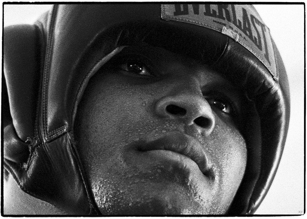 «Секрет Мохаммеда Али» - уникальные фотографии с тренировок перед «боем века»-36A_a