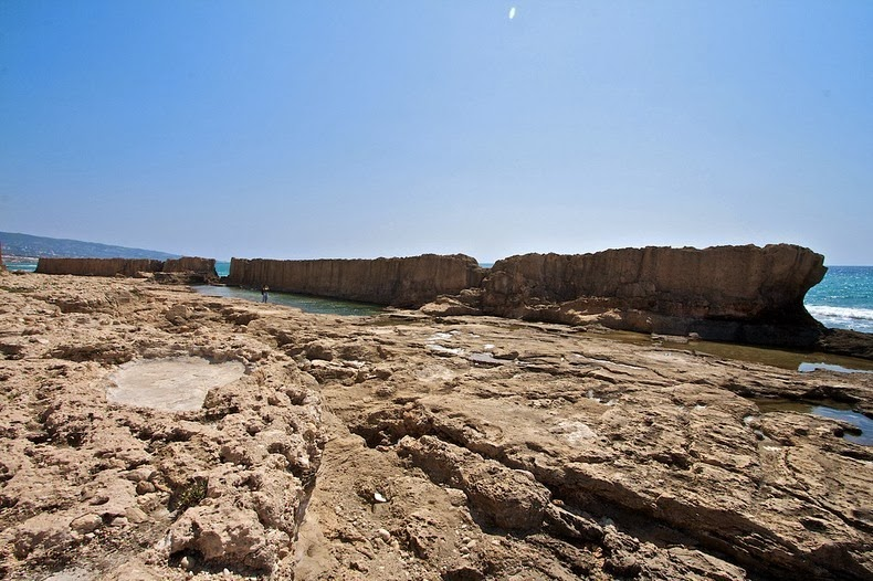 batroun-sea-wall-4