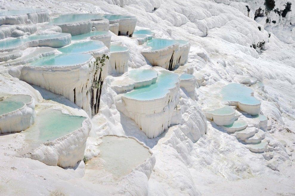 Фотографии 20 реальных мест на Земле, которые выглядят как из сказки