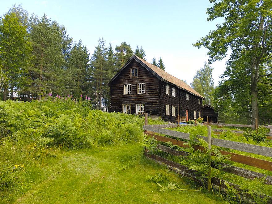 Старый деревянный дом в Норвегии