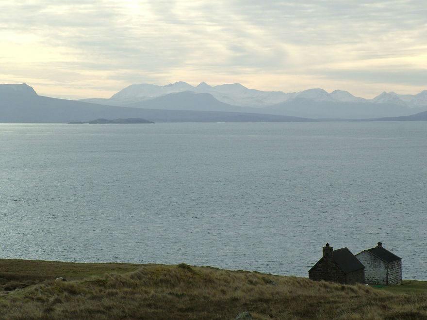 Два дома, Ассинт, Шотландия