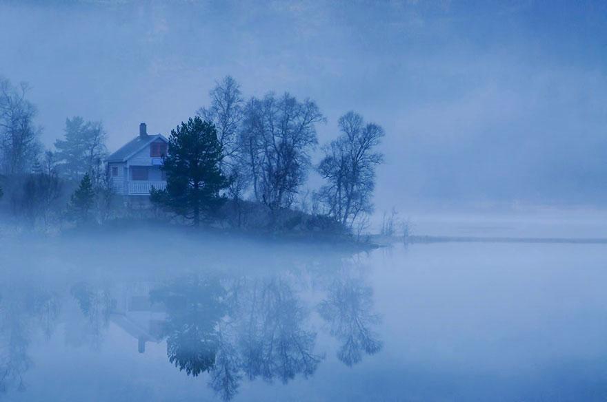 Туман на озере, Норвегия