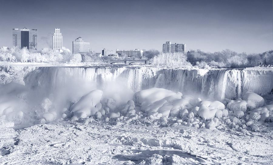 30 замороженных водопадов