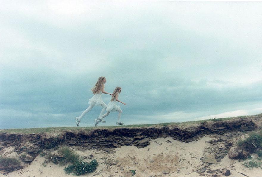 Исландские девочки-близнецы, которые видят одинаковые сны. Фотопроект Арико Инаока