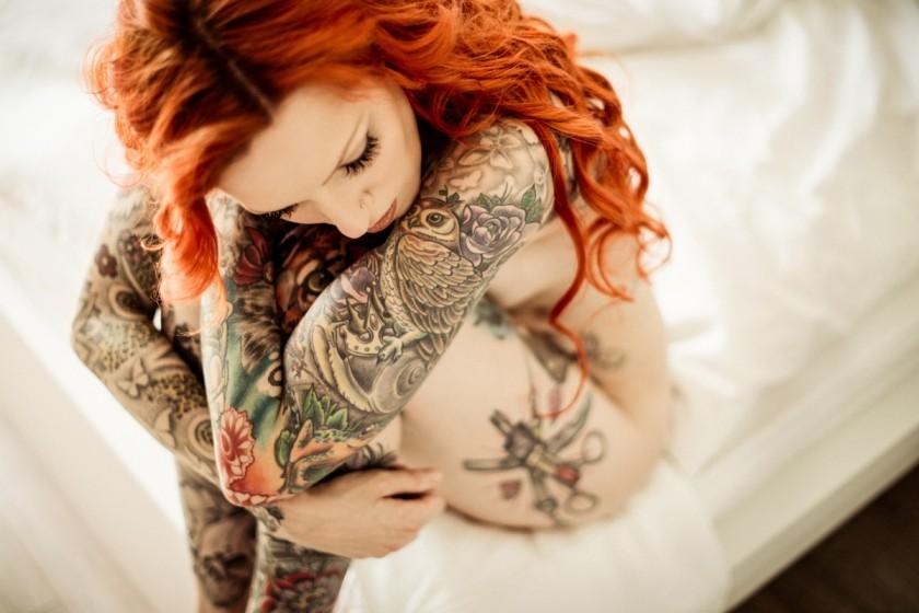 Картинки обнаженные девушки с татуировкой на мобилу фото 491-117