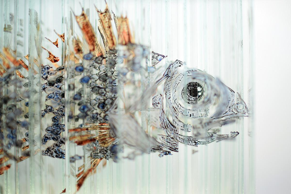 Многообразная вращающаяся скульптура из стекла от Томаса Медикуса