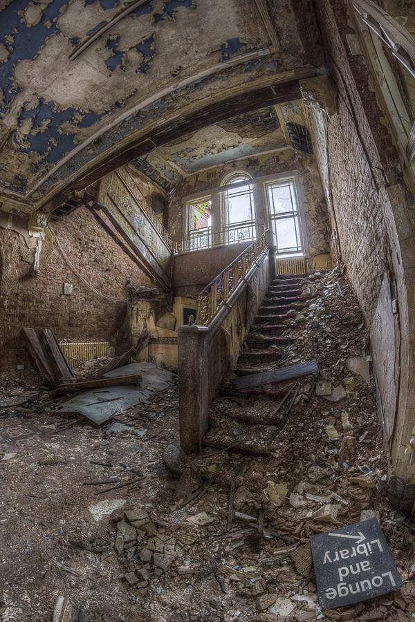 Заброшенные места, от которых мурашки по коже - 30 фотографий - 8
