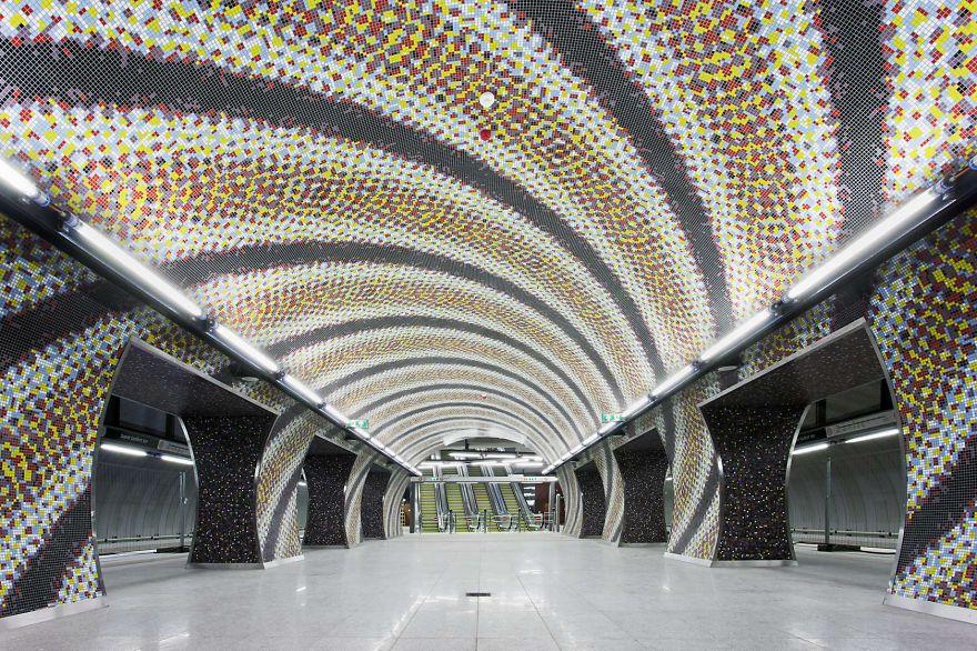 Samye-krasivye-stantsii-metro 22
