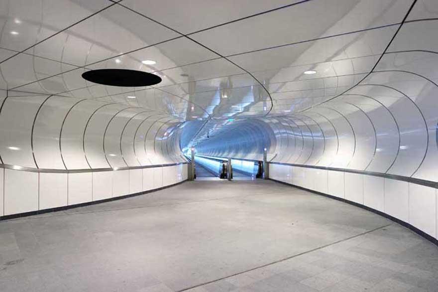 Samye-krasivye-stantsii-metro 39