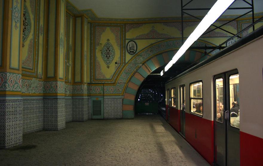 Samye-krasivye-stantsii-metro 41