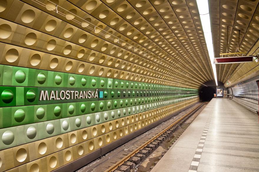 Samye-krasivye-stantsii-metro 43