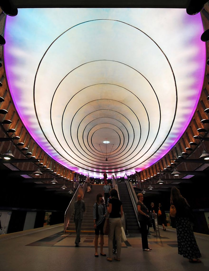 Samye-krasivye-stantsii-metro 46