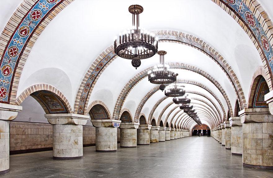 Samye-krasivye-stantsii-metro 47