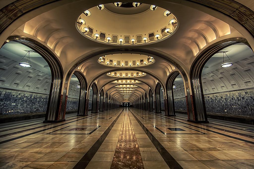 Samye-krasivye-stantsii-metro 5
