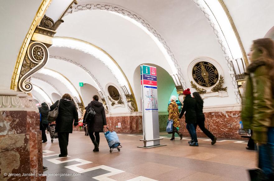 Samye-krasivye-stantsii-metro 54