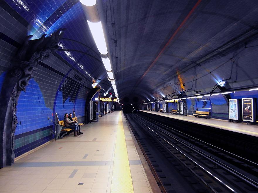 Samye-krasivye-stantsii-metro 55
