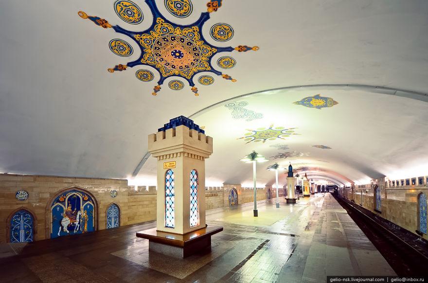Samye-krasivye-stantsii-metro 57