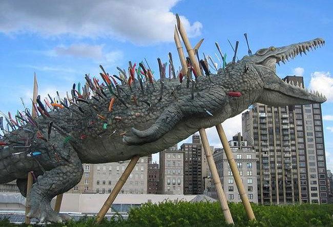 «Пронзённый аллигатор» в Нью-Йорке.